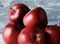 Red Apple, Bergamot, Pink Pepper, White Freesia, Red Currant
